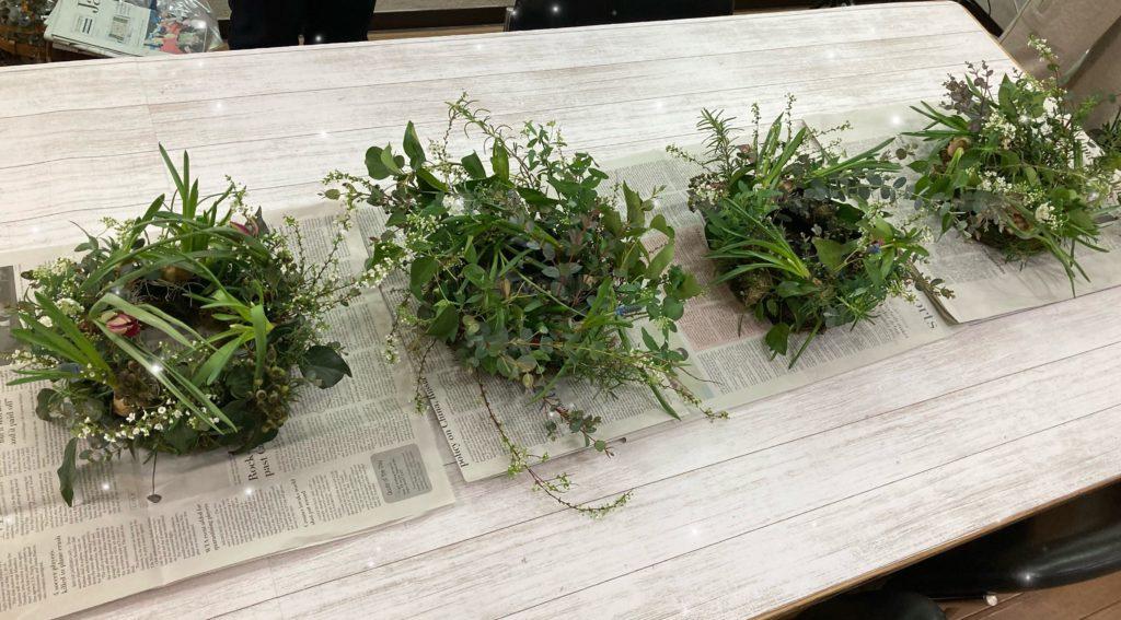 球根花を使ったテーブルリースを開催しました!